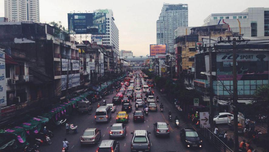 city-cars-road-traffic-1600x1200